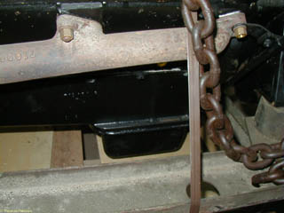 Exhaust manifold on right side of French flathead V8