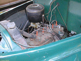 Flathead 6 engine in a Studebaker pickup truck